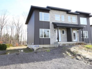 10616075 - Two-storey, semi-detached for sale