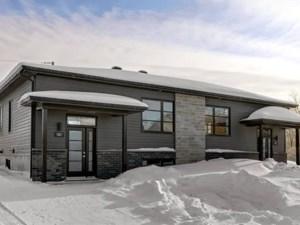 17253346 - Bungalow-Semi-detached for sale