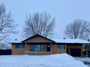 20174201 - Bungalow for sale