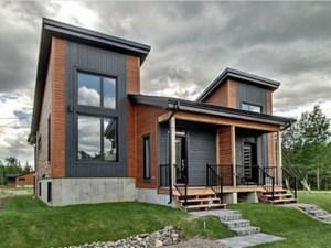24490438 - Bungalow-Semi-detached for sale