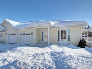 21037739 - Bungalow-Semi-detached for sale