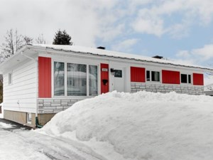 28398617 - Bungalow for sale