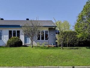 20885648 - Bungalow-Semi-detached for sale