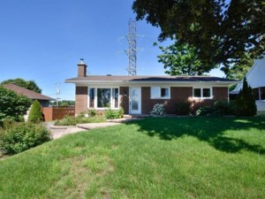 9833847 - Bungalow for sale