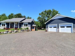 23447963 - Bungalow for sale