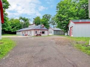 12698663 - Hobby Farm for sale