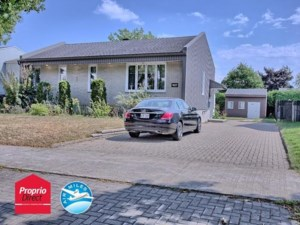 19774699 - One-and-a-half-storey house for sale
