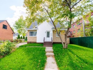 24387981 - Two or more storey for sale