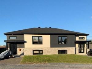 21814070 - Bungalow-Semi-detached for sale