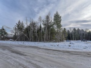 28105300 - Vacant lot for sale