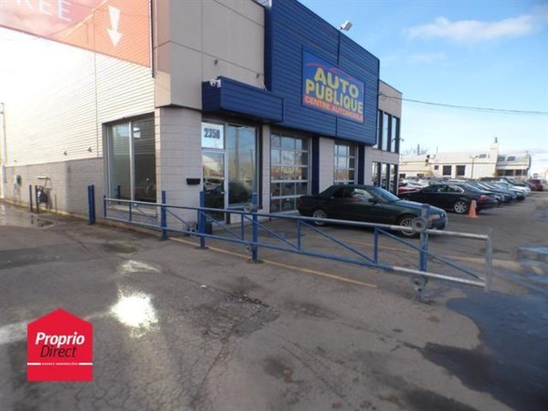 B tisse commerciale bureau vendre laval kd228 mls for Club piscine cure labelle laval