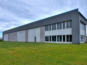 26508575 - Bâtisse commerciale/Bureau à vendre