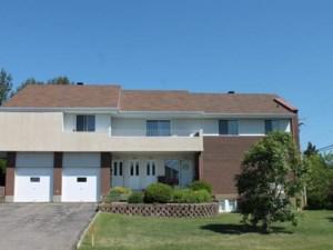 15420876 - Quadruplex à vendre