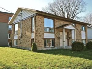 22211251 - Duplex à vendre