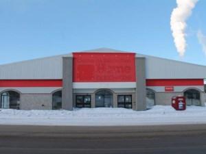 13043837 - Bâtisse commerciale/Bureau à vendre