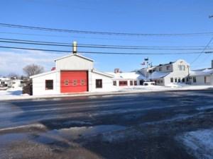 18972217 - Bâtisse commerciale/Bureau à vendre
