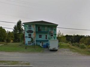18036111 - Bâtisse commerciale/Bureau à vendre