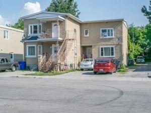 14257341 - Quadruplex à vendre