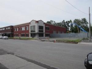 27086499 - Bâtisse industrielle à vendre