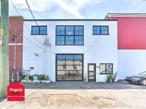 13116223 - Bâtisse industrielle à vendre