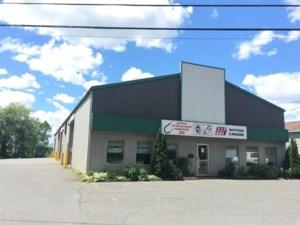 27019975 - Bâtisse commerciale/Bureau à vendre