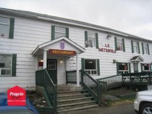 21633266 - Bâtisse commerciale/Bureau à vendre