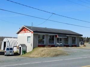 23594496 - Bâtisse commerciale/Bureau à vendre