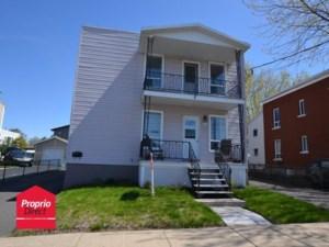 9748287 - Duplex à vendre