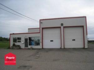26620624 - Bâtisse commerciale/Bureau à vendre
