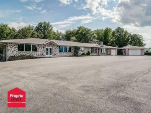 20662401 - Bâtisse commerciale/Bureau à vendre