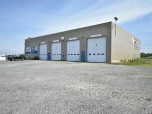 11157367 - Bâtisse commerciale/Bureau à vendre