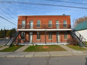 11214597 - Quadruplex à vendre
