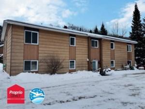 27088392 - Quadruplex à vendre