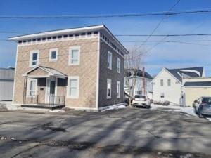 11234101 - Duplex à vendre