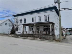 19088323 - Propriété à revenus à vendre