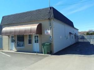 12088624 - Bâtisse commerciale/Bureau à vendre
