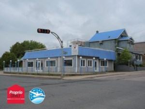 18267356 - Bâtisse commerciale/Bureau à vendre