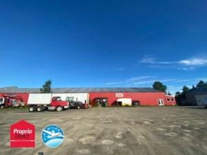 23987615 - Bâtisse commerciale/Bureau à vendre