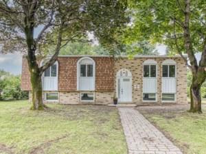 10447174 - Duplex à vendre