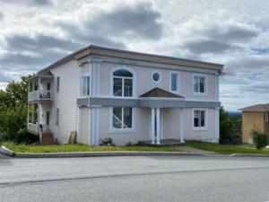 13652385 - Quadruplex à vendre