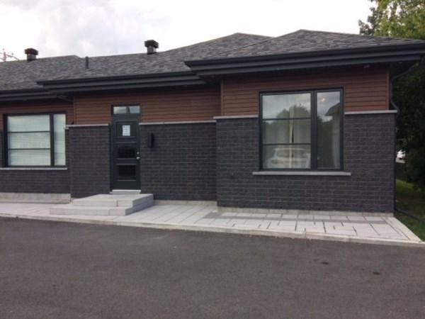 Bureau louer mont r gie kc388 publimaison - Garage a louer monteregie ...
