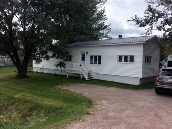 Maison mobile vendre saguenay lac saint jean id522 for Acheter une maison mobile