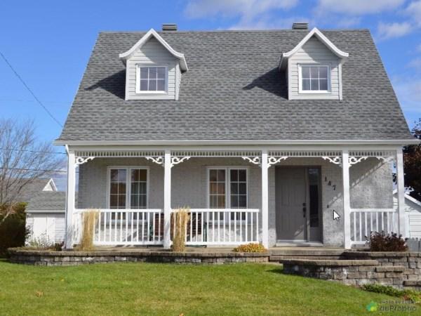 maison tages vendre qu bec rive nord km962 publimaison. Black Bedroom Furniture Sets. Home Design Ideas