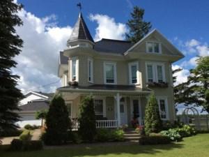 11931392 - Maison à étages à vendre