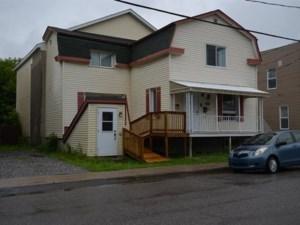17522128 - Maison à étages à vendre