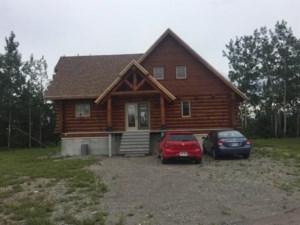 20007325 - Maison à étages à vendre