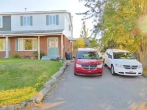 28447403 - Cottage-jumelé à vendre