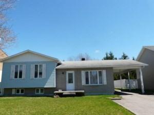 16946855 - Maison à paliers à vendre