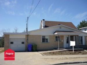 20242163 - Maison à 1 étage et demi à vendre