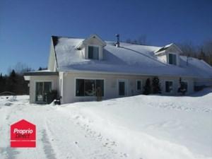 20473838 - Maison à étages à vendre